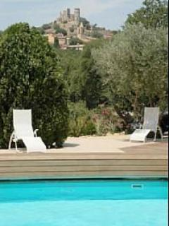 Grimaud Chateau from Pool