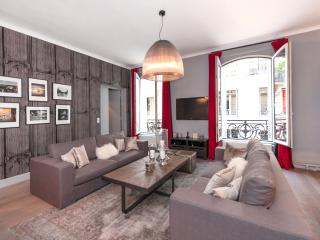 Luxurious property in prestigious neighbourhood A/C & 3 bathrooms, París