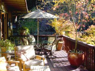 Bonne Chere - Romantic Getaway with Private Spa, Guerneville