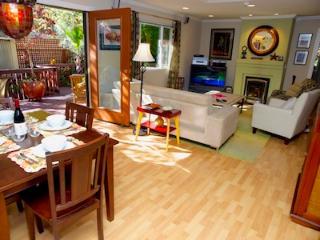 Bonne Chère, Open Living Area, Double Doors to Deck