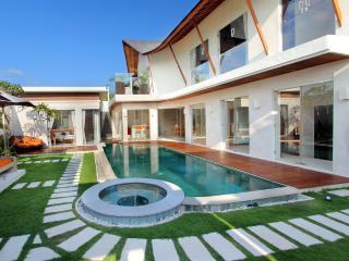 Seminyak Villa 3221 - 3 Beds - Bali