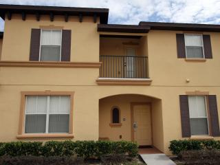 Town Home - 3 bedrooms. New pool & Clubhouse, Kissimmee