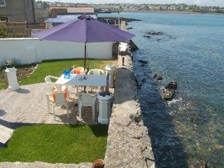 Sea lapping back garden with  panoramic sea views!, Bangor