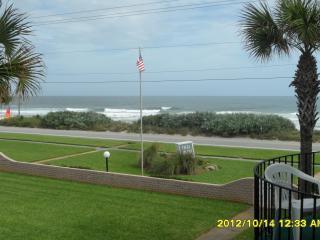 Ormond Beach FL. 2 bd townhouse overlooking ocean