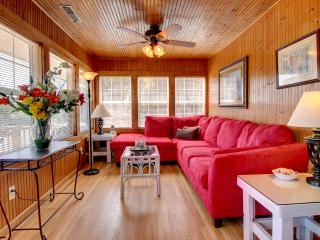 Ocean View Sleeps 8-10, Creating Seaside memories, Folly Beach