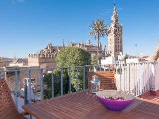 Wonderful Views Apartment In Santacruz  Center., Siviglia