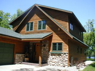 Lakeside Lodge on Castle Rock Lake, near WI Dells, Necedah