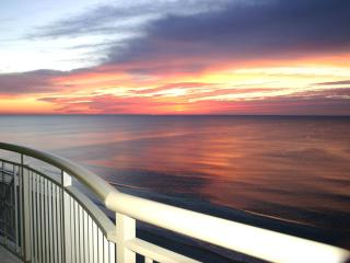 OwnerDirect Luxury MarVistaGrand BeachFront 3BR3BA, North Myrtle Beach