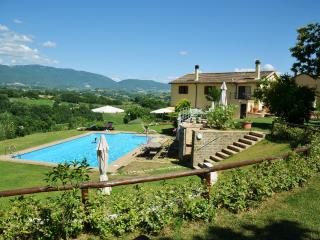 CalaSabina lovely villa with pool close to Rome, Roma