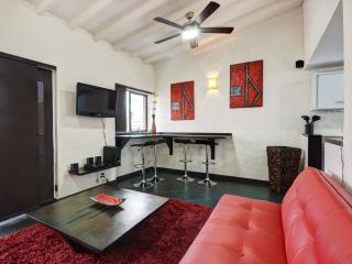 Cool Penthouse in Tourist Central, Medellin