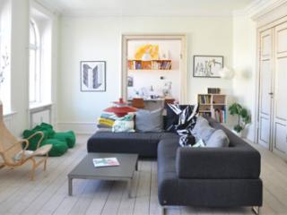 Architect designed Copenhagen apartment at Noerreport, Copenhague