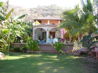 "Casa Pelicanos ""Our little slice of paradise"", Troncones"