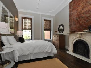 Spacious Spotless Sun Drenched -LEGAL 4 BED in NYC, Nueva York