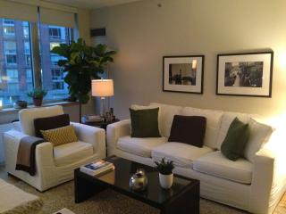 COZY DOWNTOWN ONE BEDROOM ~QUIET & MOST DESIRED AREA.