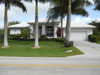 Tigertail/Esplanade Pool/Spa  Wireless  Direct, Marco Island