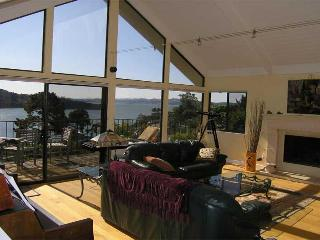 Stunning San Francisco Bay Views from Every Room!, Tiburón