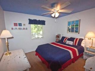 Second Bedroom, blue skies above!