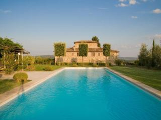 Luxury Villa w/pool,sleeps 10 + 3 near Siena., Castelnuovo Berardenga