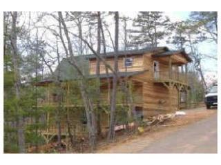 Mountain views*HOT TUB***WI FI** Cell  service! LUXURY in gated community, Murphy