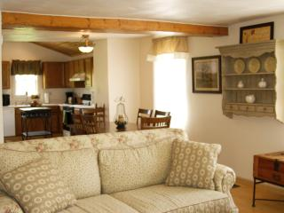 MHE Country House FALL DISCOUNTS NOW AVAILABLE!!!, Mansfield