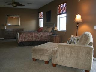 Master bedroom 400 ft2