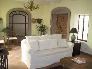5BR Modern Colonial in Centro, Perfect Location, San Miguel de Allende
