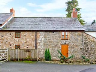2 NANT LANE COTTAGES, stone-built property, romantic retreat, walks, near Oswestry, Ref 20595