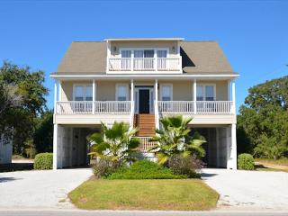 I'll Have Another - Beautiful Showplace With Easy Beach Access, Edisto Island