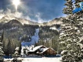 Taos Retreat - near Ski Valley & Arroyo Seco- perfect for families, couples, & solitude seekers