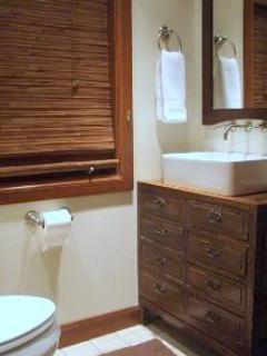 Top floor bath with walk-in shower