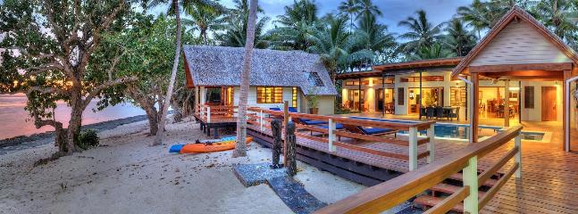 Coral Cove Beach Front Private Villa