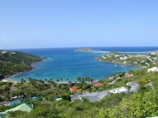 Elegantly furnished with views over Marigot and Grand Cul de Sac Bay WV MLA