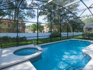 SEASONS-(1075SB) - 5BR 4.5BA Home, 3 Master Suites, Pool & Spa, close Disney