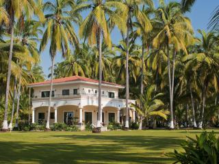 3br / 3.5BA familia Playa Villa, Platanitos