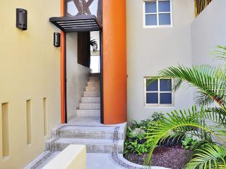 Private walled entrance with pet friendly area