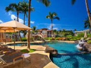 LUXURY BEACH HOME POOL & VIEWS EXCELLENT LOCATION, Kihei
