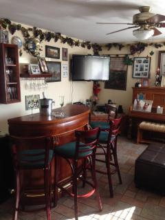 Irish pub room flat screen TV streaming netflix-hulu