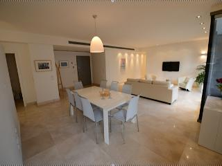 Mamilla 2BDR Beautiful apartment!!!!!!!!!, Jerusalem
