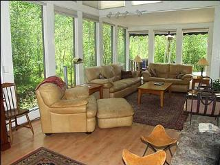 Mountain Valley Home - Charming 4 Bedroom (2634), Aspen