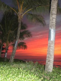 Beautiful sunsets right from the lanai