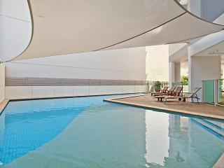 Beachlife Sands Luxury Apartment, Harbour Views,  3 Bedroom + Study