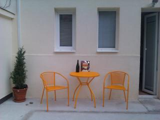 Palma, One Bedroom Garden Apartment, Zagreb