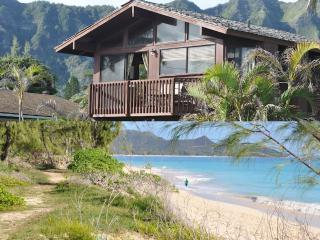 Ocean View Beach Cottage- Super Location & Price!, Waimanalo