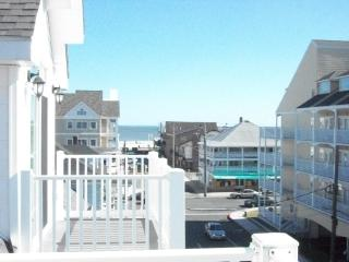 Isabella 3 beautiful Town H ocean & boardwalk view, Ocean City