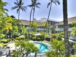 Aloha Romantic Hawaiian Beach Condo Downtown Kona