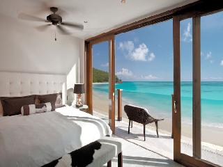 SeaRay 5 at Tamarind Hills, Antigua - Waterfront, Pool, Panoramic Views, Bolans