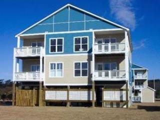 BLUEWTR 105B, Pine Knoll Shores