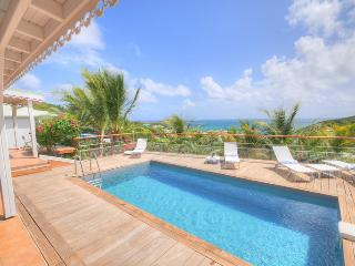 ORIENT BLEU...Charming, Affordable, Immaculately kept French villa, St. Maarten-St. Martin