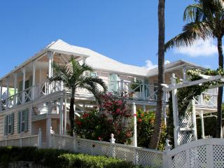 Beautiful historic home built in 1797, Harbour Island
