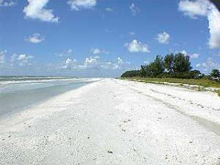 3BR/2BA Luxury Condo - Direct Gulf Front, Sanibel, Sanibel Island